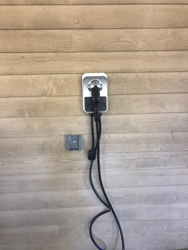 Irondale, AL - Installing vehicle charger for customers car.
