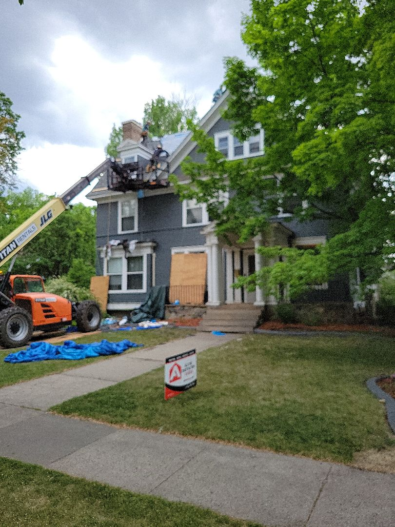 Fargo, ND - Old home getting a new designer asphalt shingle replacement.