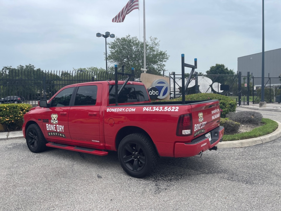 Sarasota, FL - Stopping by the local tv station