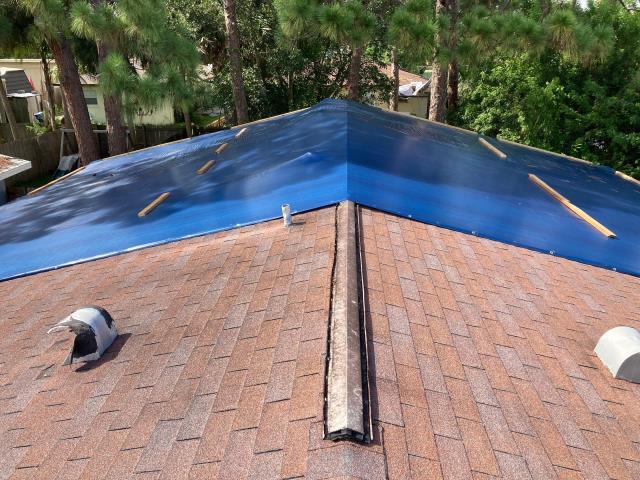 Sarasota, FL - roof inspection, roof repair