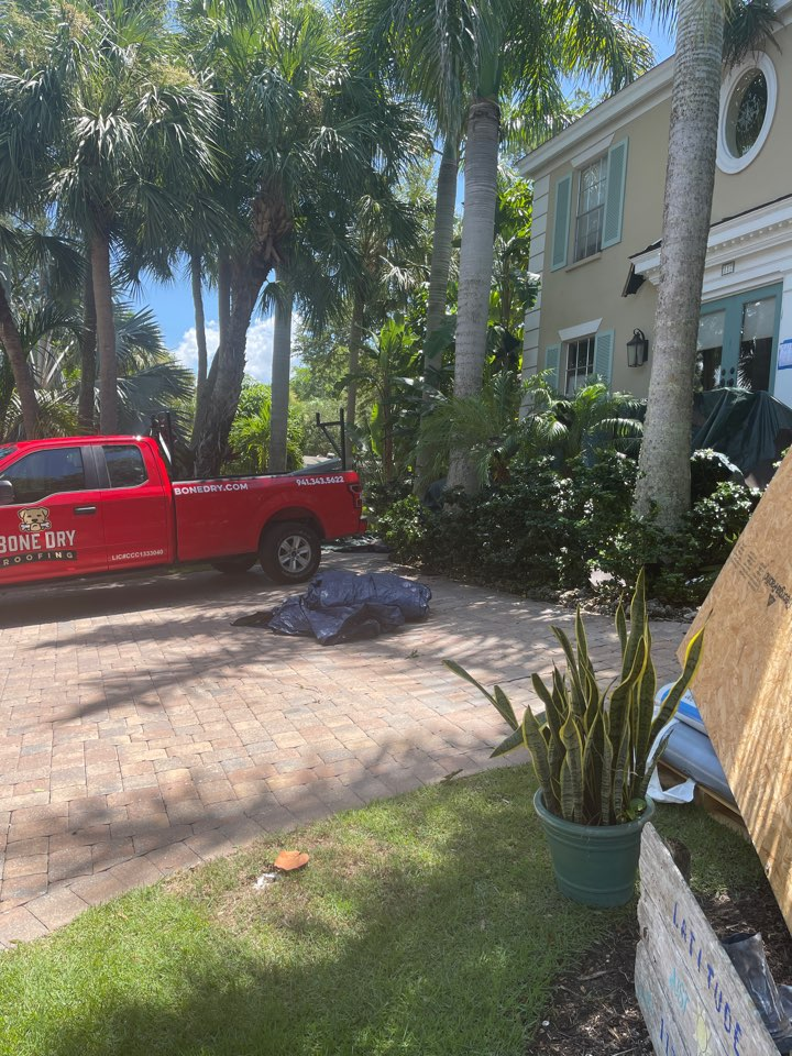 Sarasota, FL - Installing a new roof