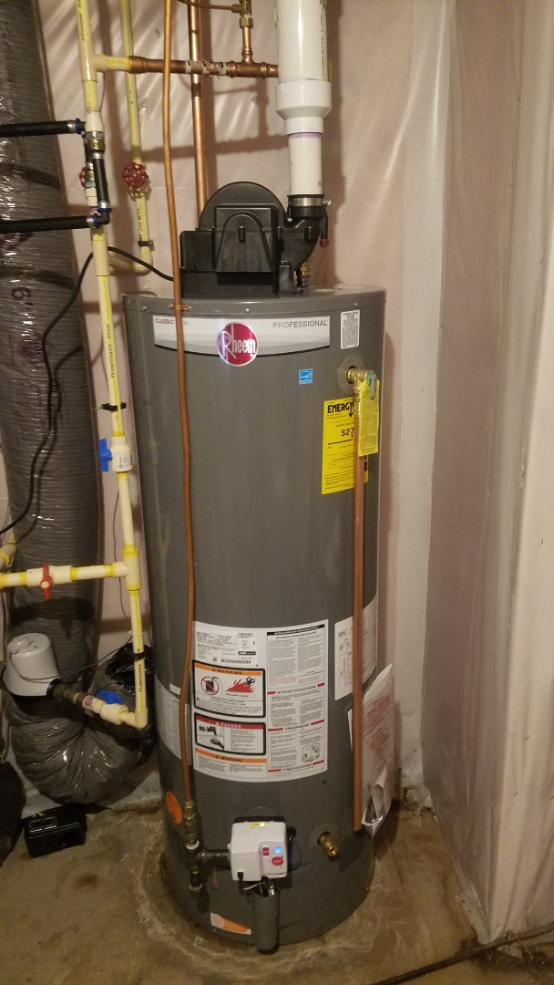 East Bethel, MN - Free water heater installation estimate.