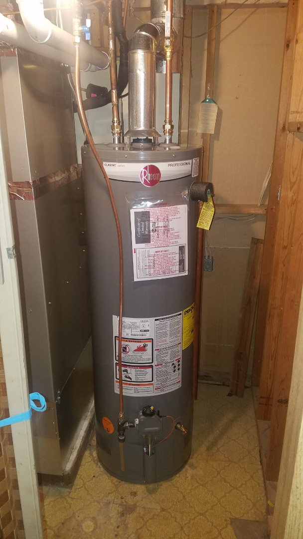 Water heater installation.  Rheem 40 gallon water heater.