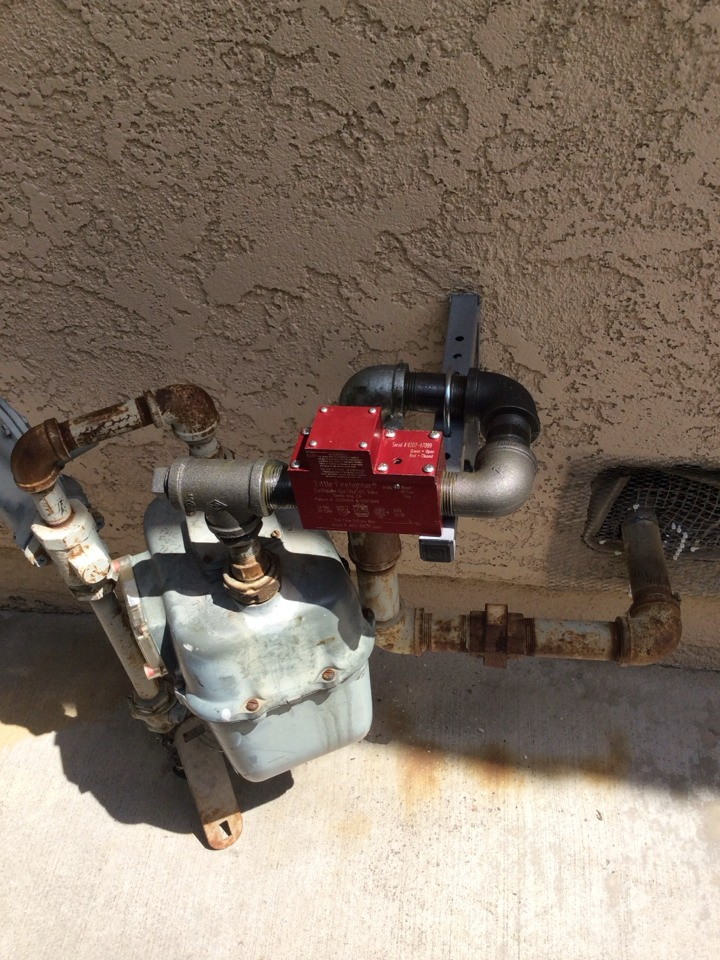 Fullerton, CA - Earthquake valve installation