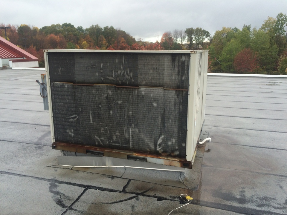 Roxbury Township, NJ - Install pvc drain trap on Air Conditioning rooftop