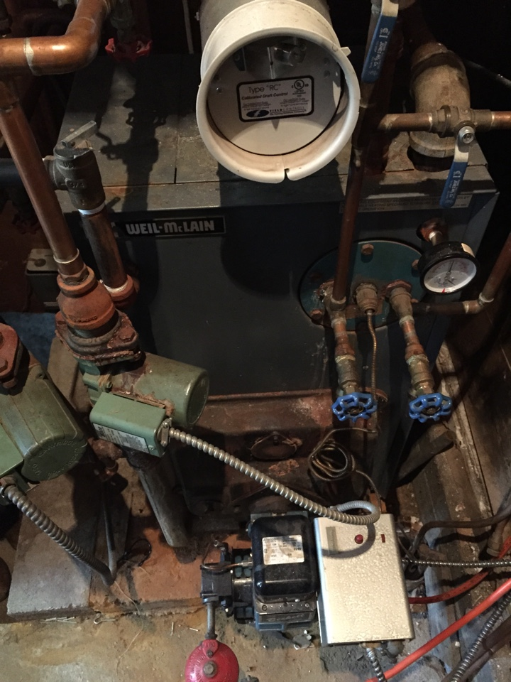 Stanhope, NJ - Heating service. Repair Weil Mcalain oil fired hot water boiler.