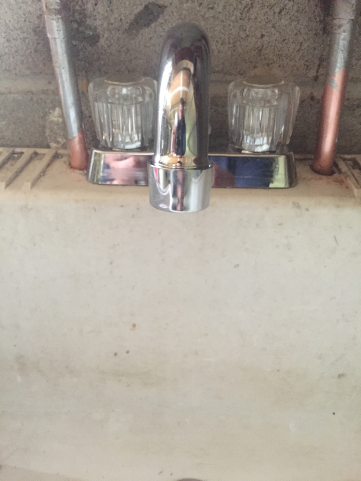 Randolph, NJ - Water dripping from faucet.  Repair broken faucet with a new one.
