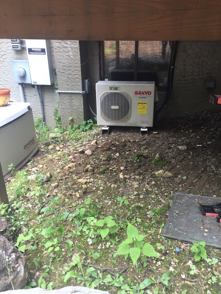 Stanhope, NJ - Ductless split service call. Repair Sanyo ductless split air conditioning unit with new filters.