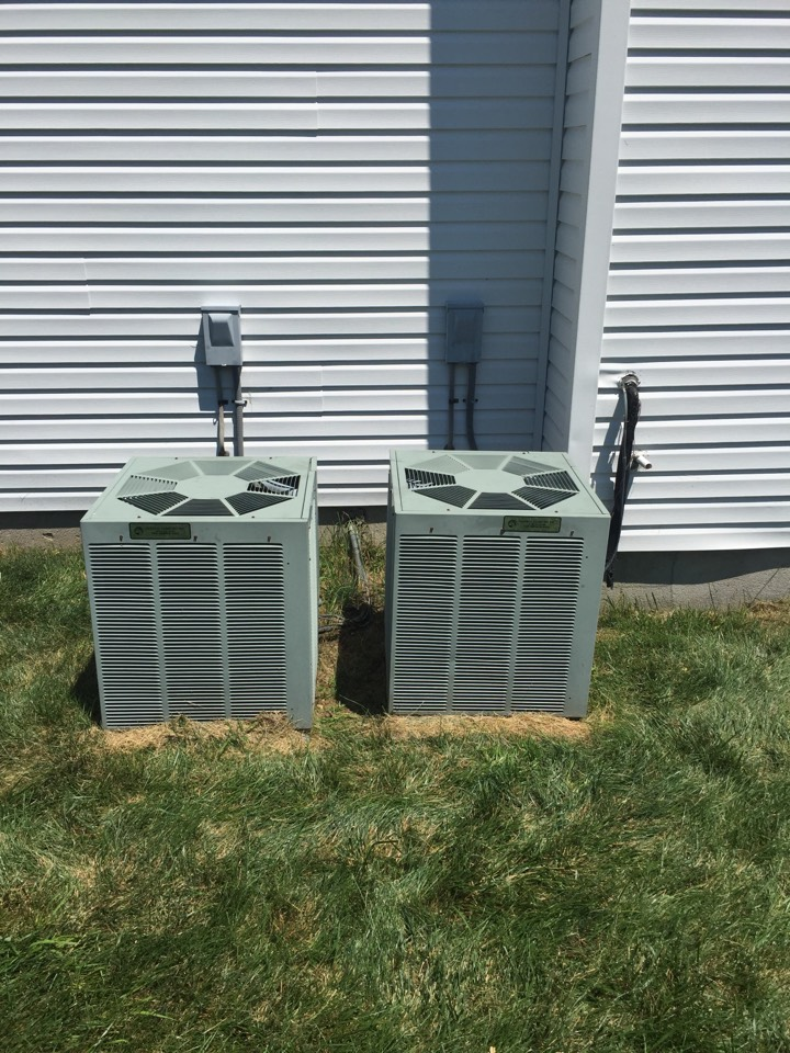 Mount Olive Township, NJ - Air conditioning repair. Service Rudd air conditioning unit. Replace dirty air filter and add refrigerant.