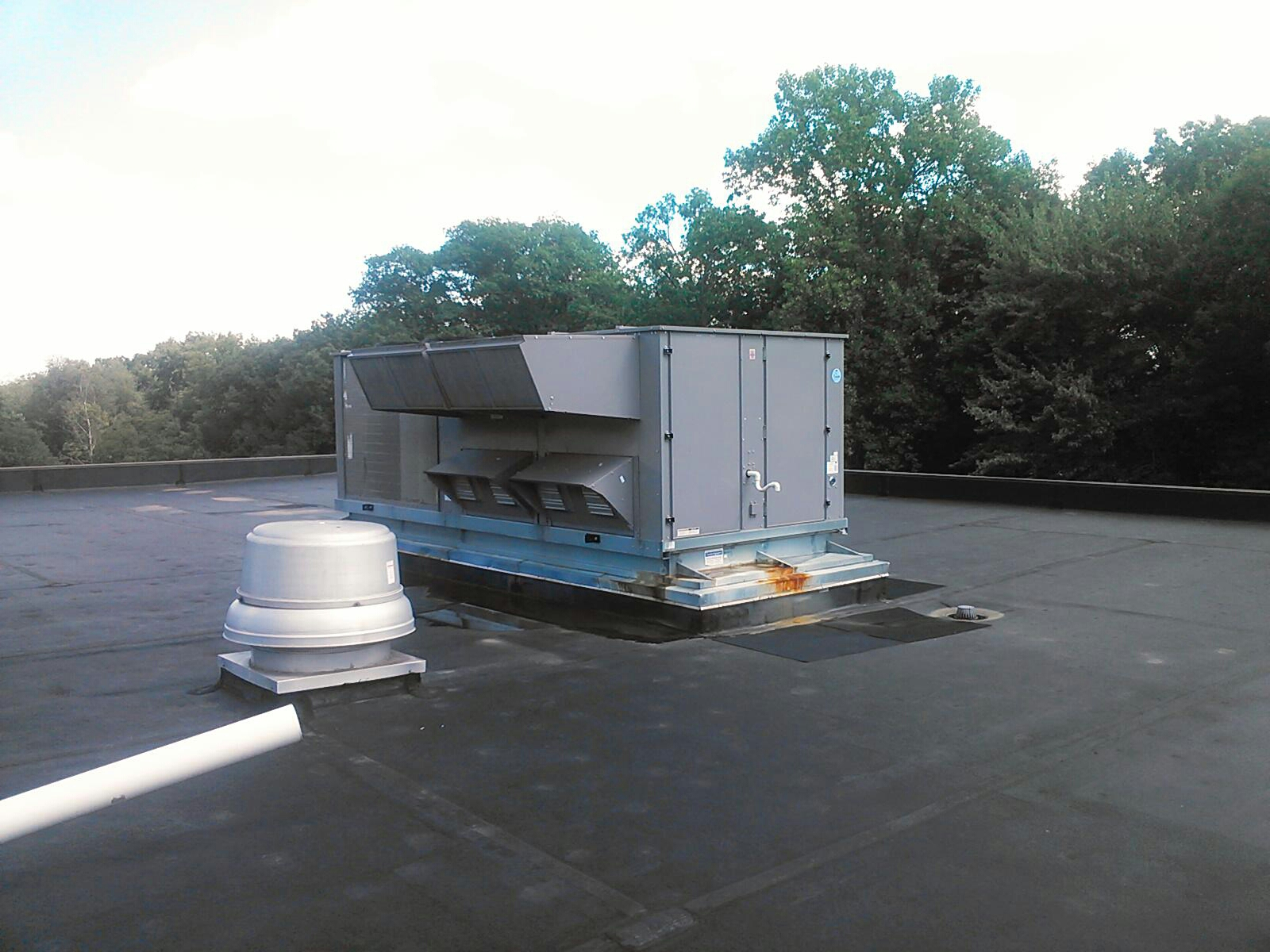 Mount Olive Township, NJ - Repair Carrier rooftop unit