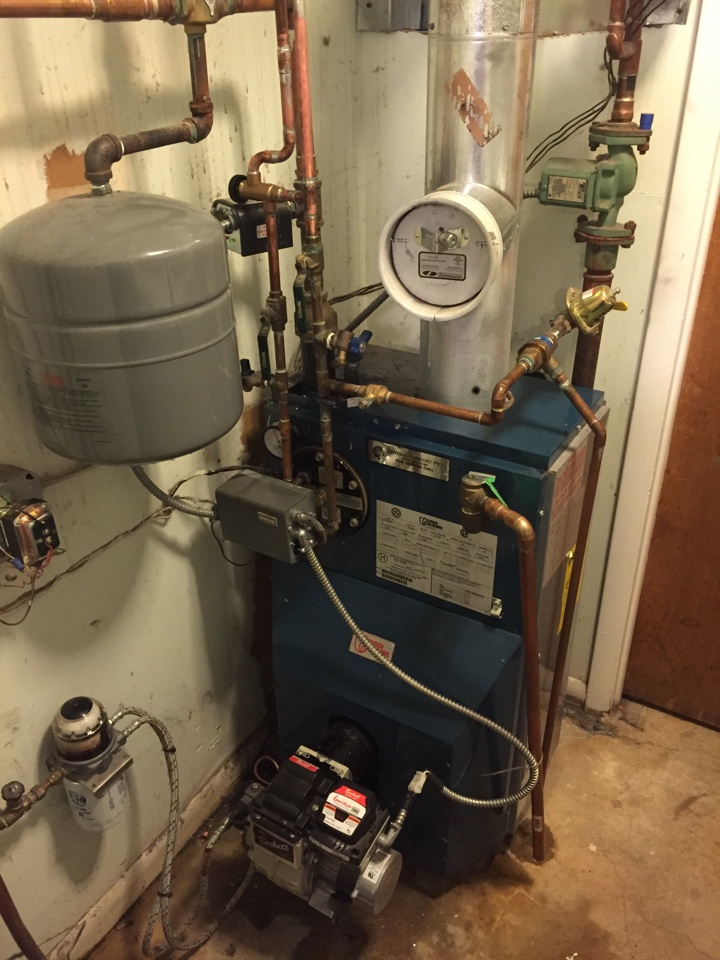 Hopatcong, NJ - Heating repair.  Preventive maintenance on a Utica oil fired boiler.  Replace Watts tempering valve for hot water.