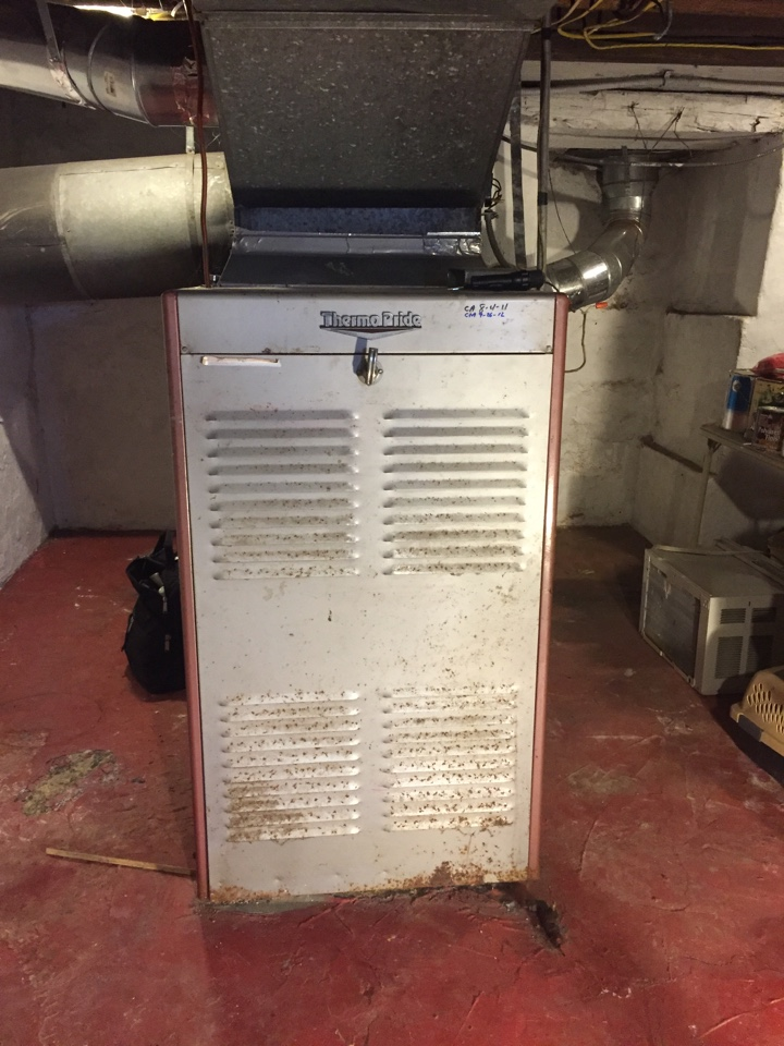 Newton, NJ - Heating service call. Unit cycling too fast. Clean and service Thermo Pride warm air furnace. Replace evaporator belt.