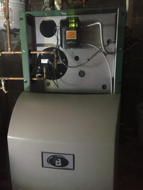 Hopatcong, NJ - Heating service call.  No hot water and boiler does not run.  Found bad Hydrostat.  Replace Aquastat on Peerless oil fired boiler.