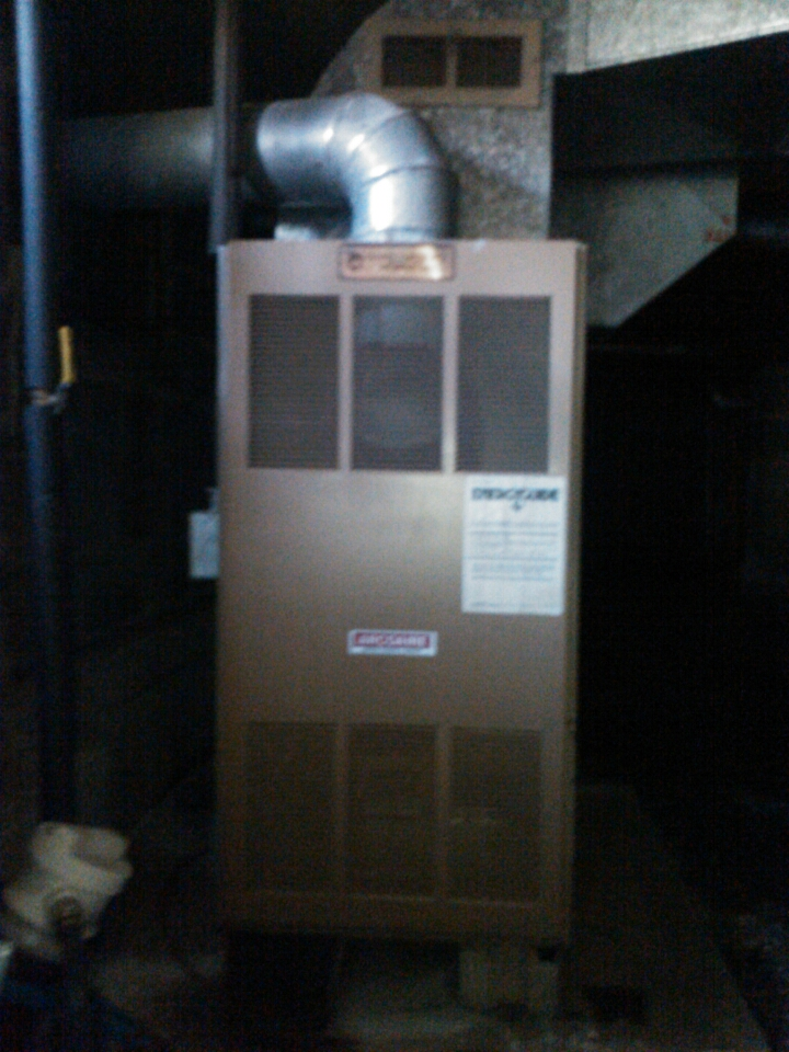 Hopatcong, NJ - service oil furnace and repair oil leak