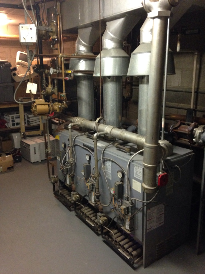 Wayne, NJ - Boiler service. Replaced a low water cutoff.
