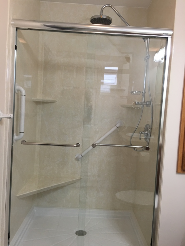 Traverse City, MI - Sierra marble acrylic with chrome fixtures, clear Basco slider.