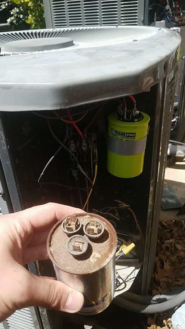 Allen, TX - Repairing a new customer's Trane air conditioning system that was down at their home in Allen, TX.