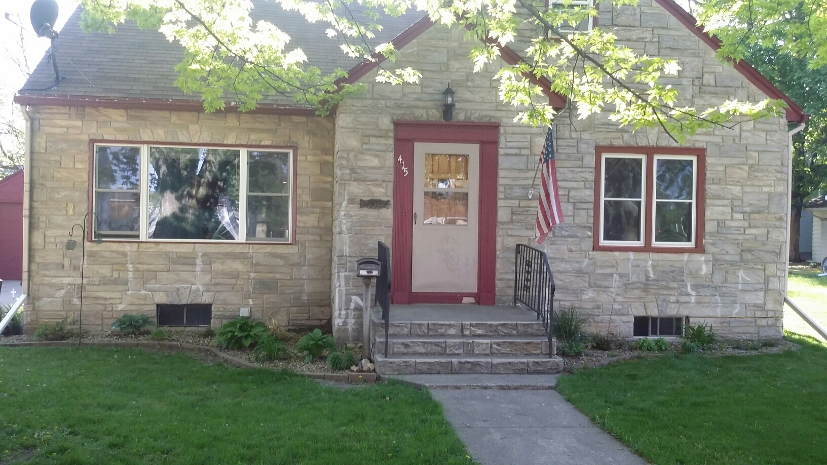 Luverne, MN - 10 replacement windows