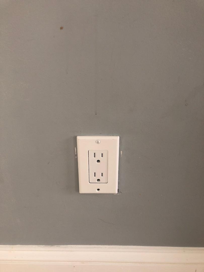 Diagnosing living room circuit