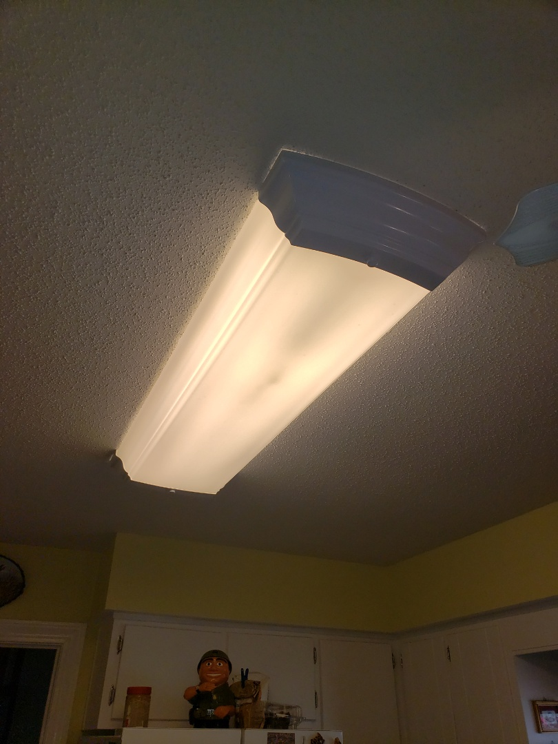Troubleshoot kitchen fluorescent fixture