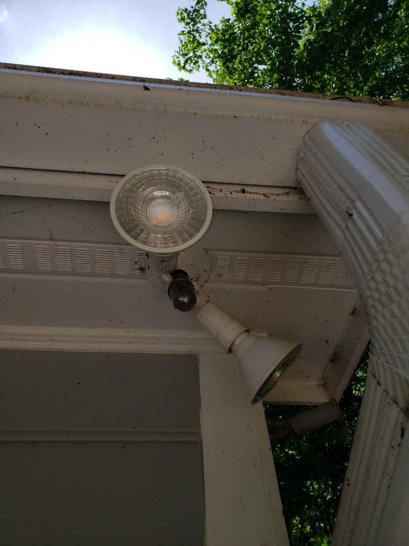 Installing  Photo cell on spotlights