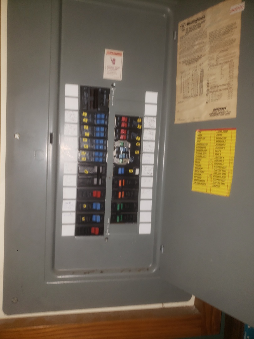 Troubleshootin issues with faulty kitchen circuit due to loose connections in kitchen switch box