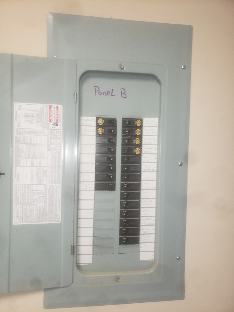 Knightdale, NC - Troubleshoot tripped arc fault breaker for 2nd floor bedroom