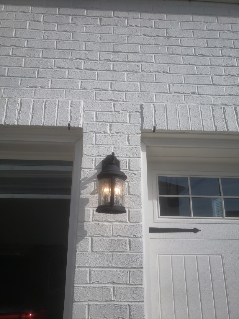 Cary, NC - Troubleshoot faulty coach light due to bad pins within the fixture