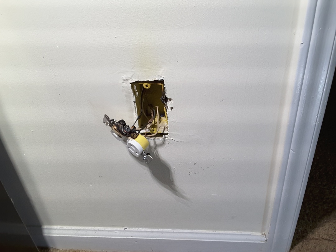 Wendell, NC - Emergency call. Burned up outlet