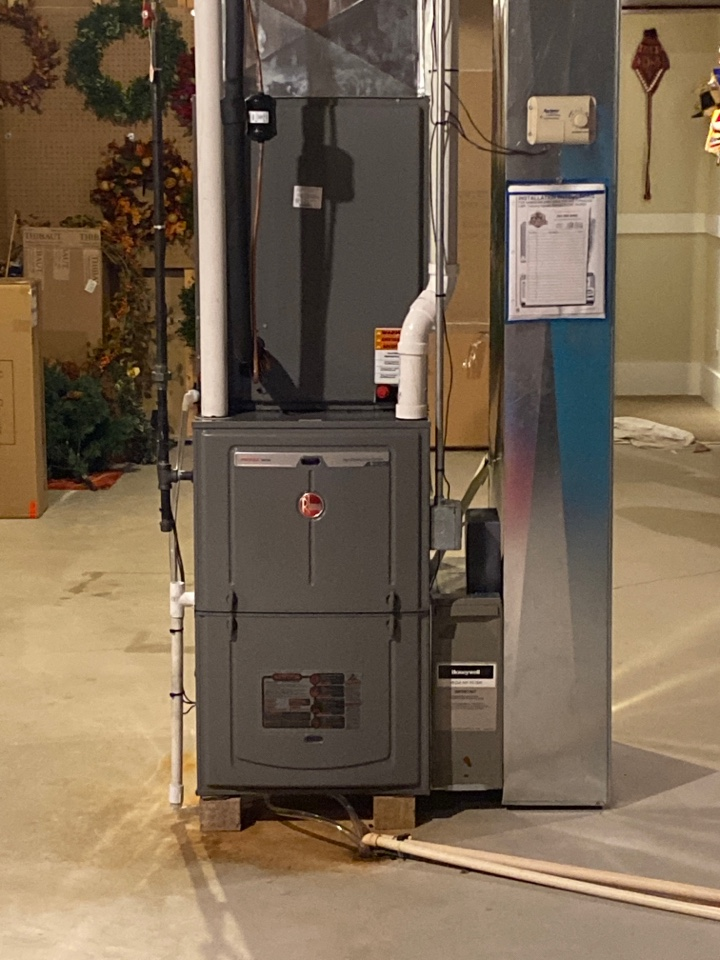 Mequon, WI - Furnace and air conditioner replacement.