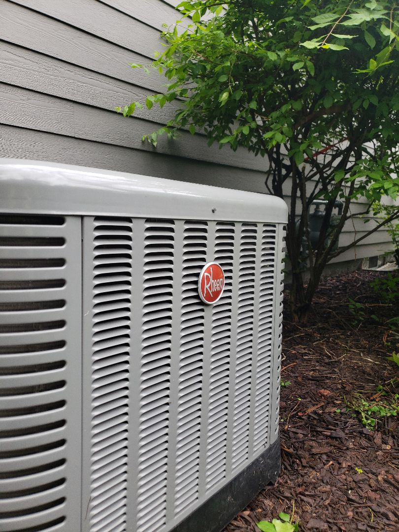 Brookfield, WI - Performed tune up on air conditioners