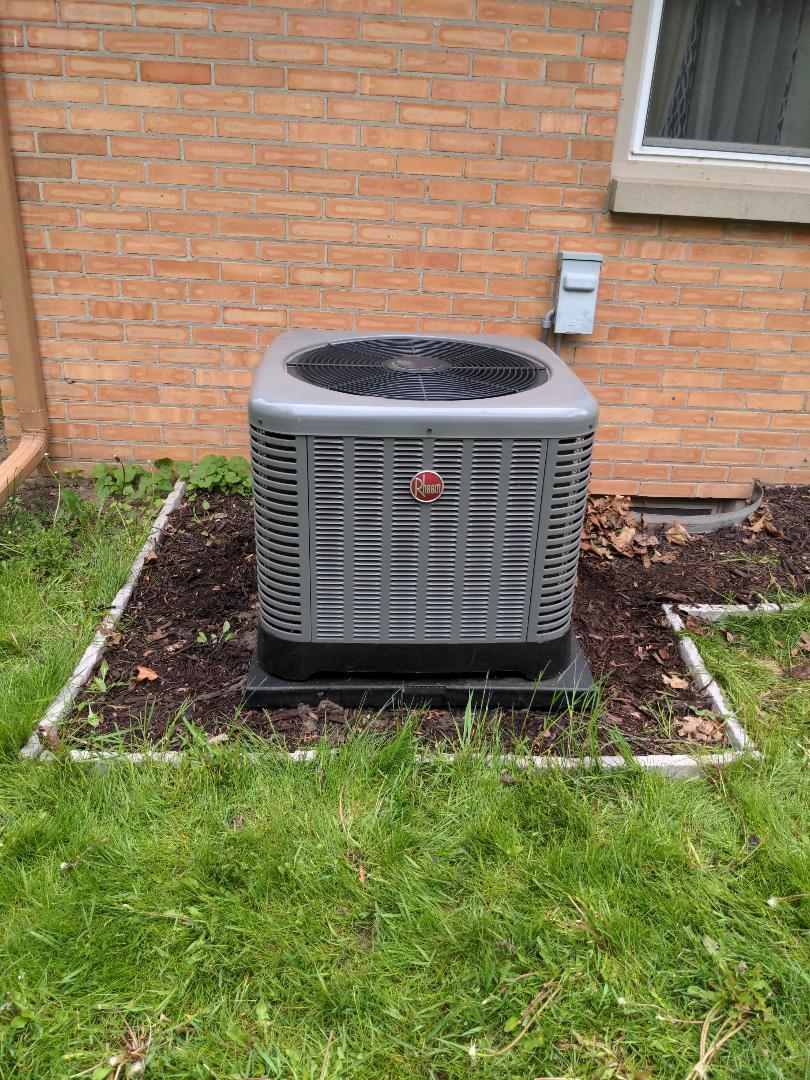 Brookfield, WI - Maintenance on a Rheem air conditioner