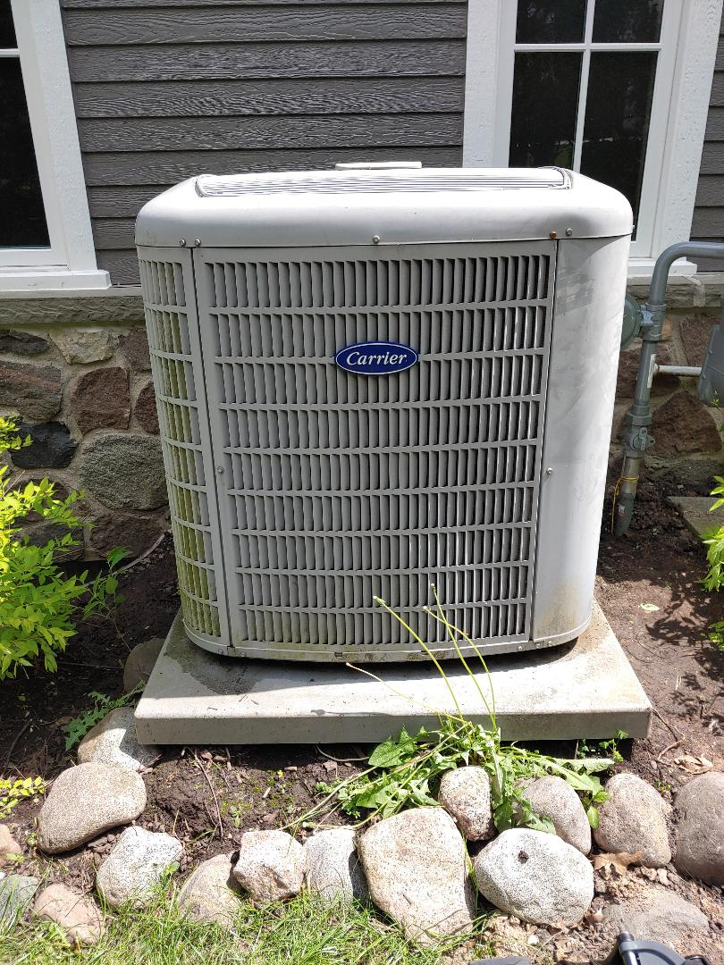 Elm Grove, WI - Maintenance on Carrier Air conditioner