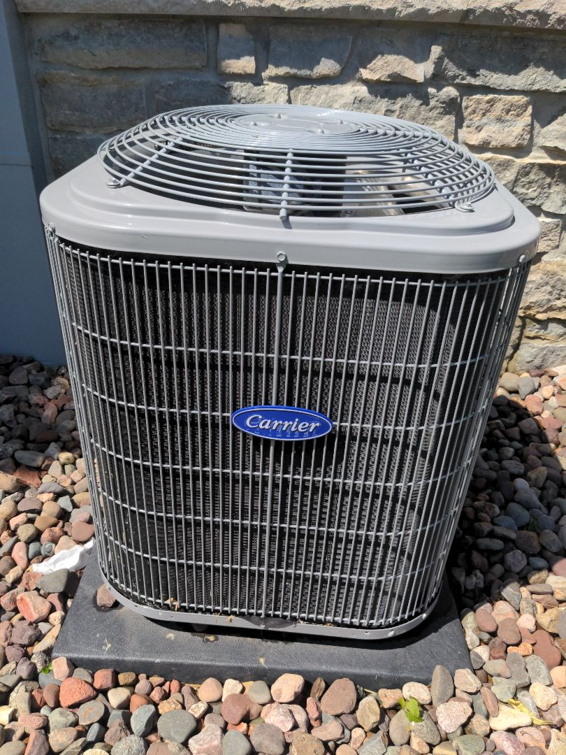 Mequon, WI - Carrier ac maintenance