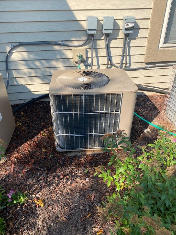 Menomonee Falls, WI - Armstrong air conditioner repair.