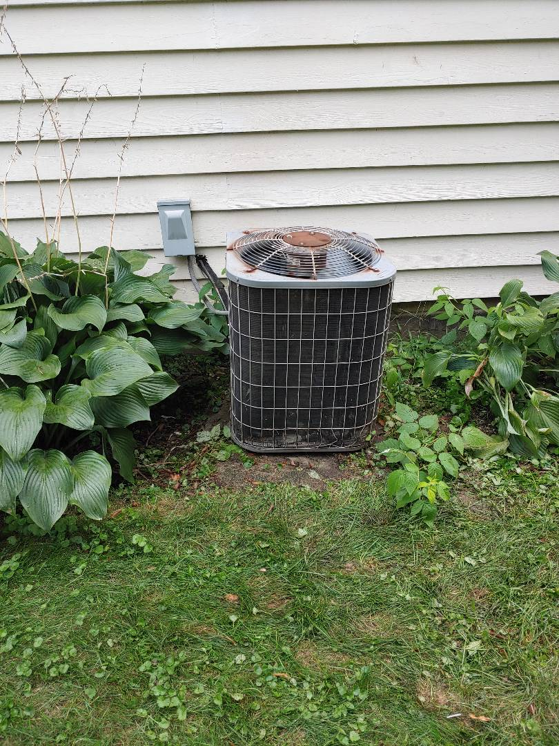 Brookfield, WI - Repair carrier air conditioner