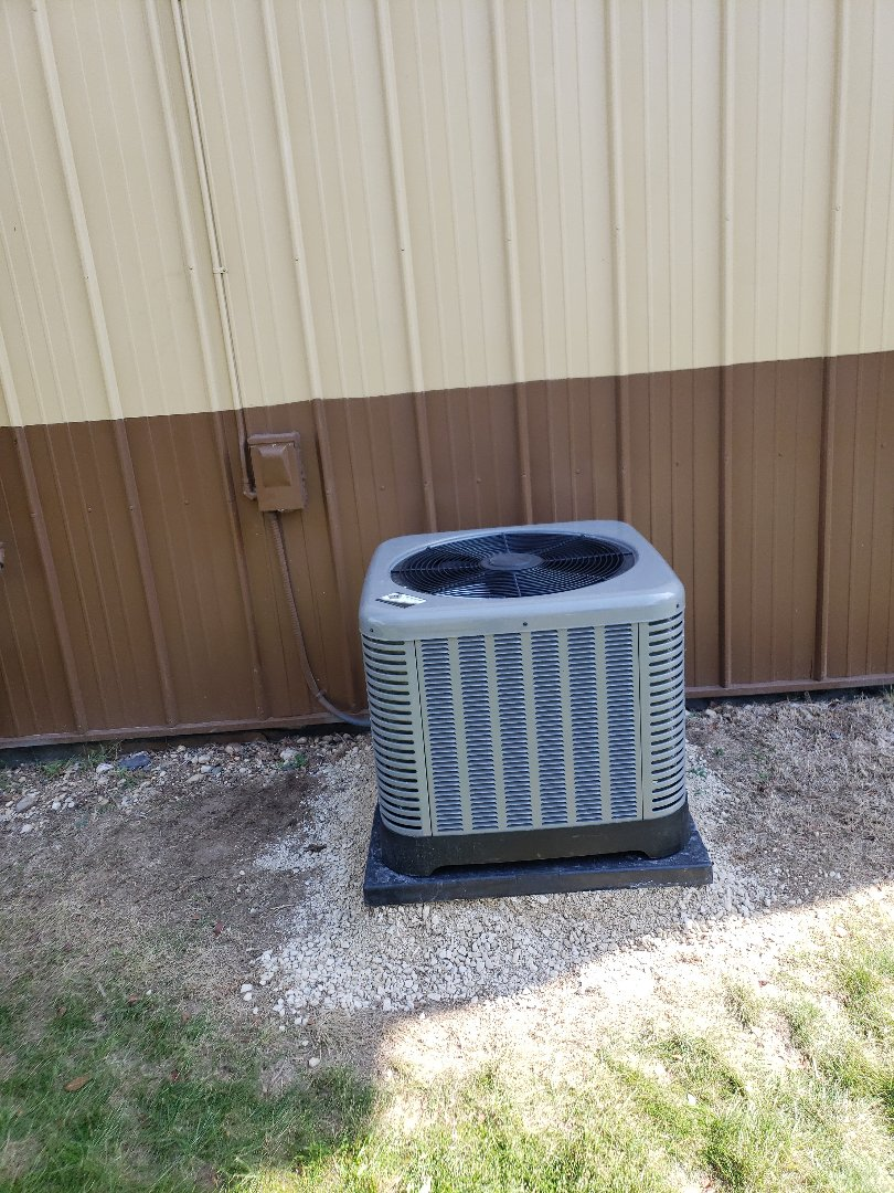 Hartford, WI - Rheem 13 seer AC install