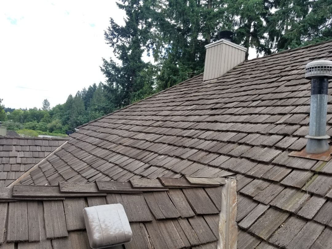 Tigard, OR - Measured a cedar shake roof in Summer Lake Park with GAF Grand canyon presidential shingles.