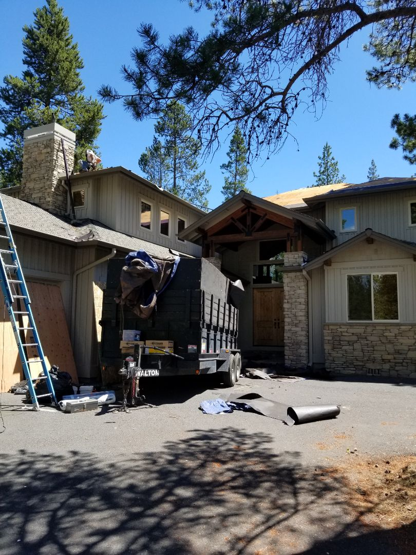 Sunriver, OR - In Sunriver replacing an Elk asphalt shingle roof with GAF Timberline Ultra HD shingles with StainGuard Plus in Weathered Wood.