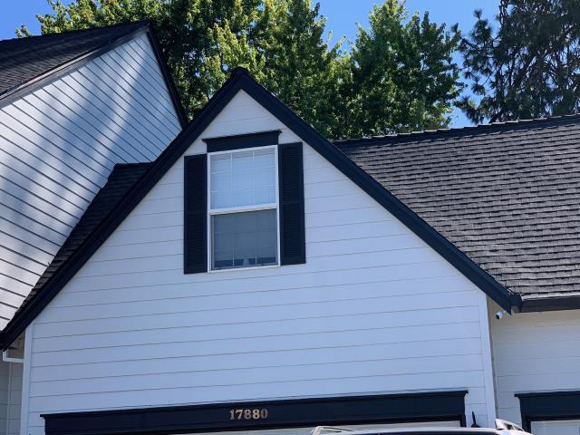 Tualatin, OR - Did a final inspection on a beautiful GAF Timberline HD composite shingle roof in Charcoal that we replaced in Tualatin.