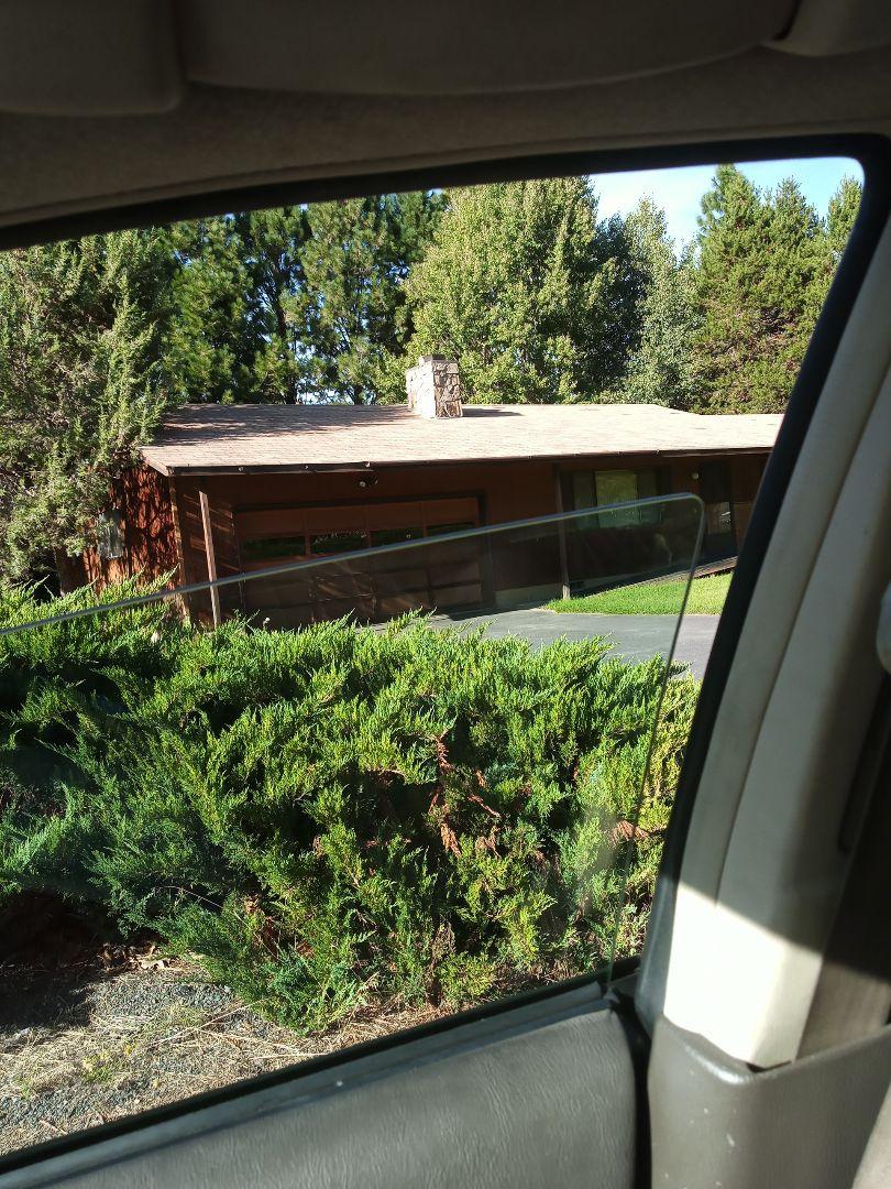 Bend, OR - Roof inspection, SE Bend, Oregon, Larkspur Neighborhood