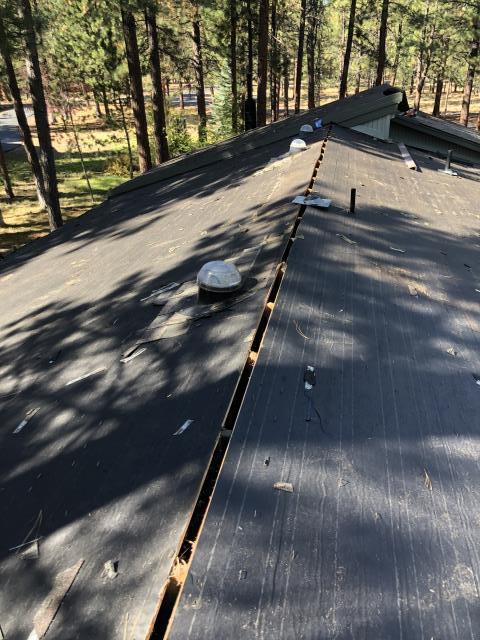 Sisters, OR - Replacing a composition shingle roof in Bend with Owens Corning Duration architectural style shingles in Driftwood.