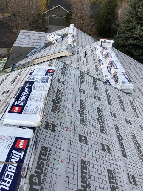 Eugene, OR - Replacing a composition shingle roof in Bend with GAF Timberline HD architectural style shingles in Birchwood.