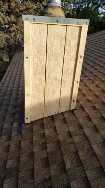 Bend, OR - Replaced an asphalt shingle roof with GAF Timberline HD in Shakewood. Also replaced the siding on a chimney.