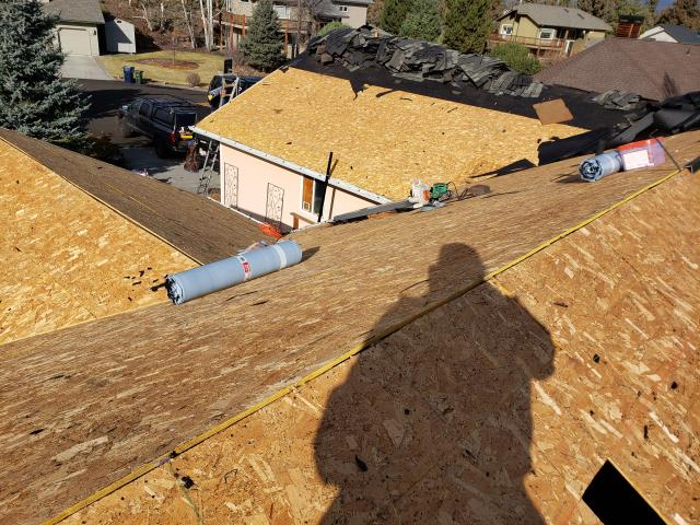 Bend, OR - Replacing a composition shingle roof in Bend with GAF Timberline Ultra HD architectural style shingles in Weathered Wood.