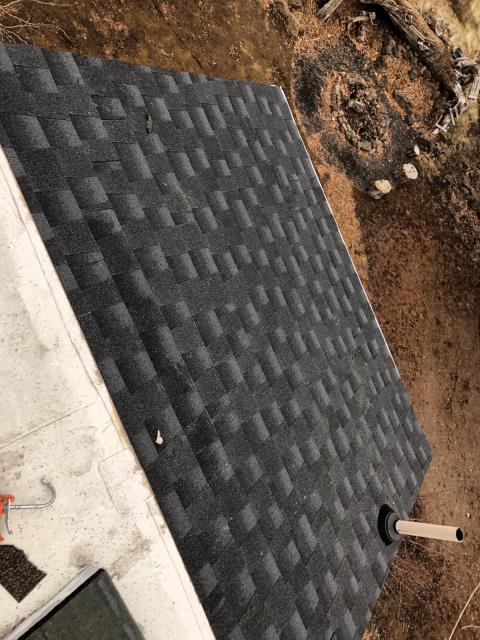 Bend, OR - Replaced a steep asphalt shingle roof with GAF Timberline HD shingles in Charcoal.