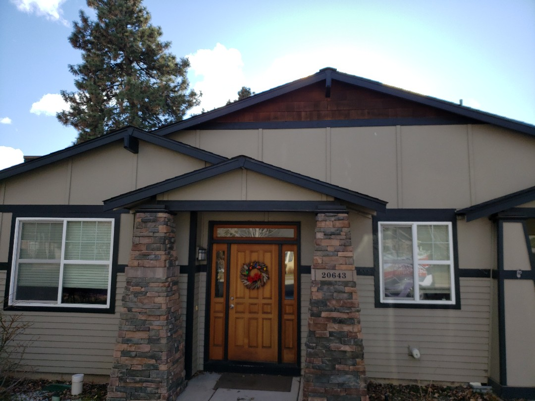 Bend, OR - Bidding for roof replacement due to ice dam damage and product failure.