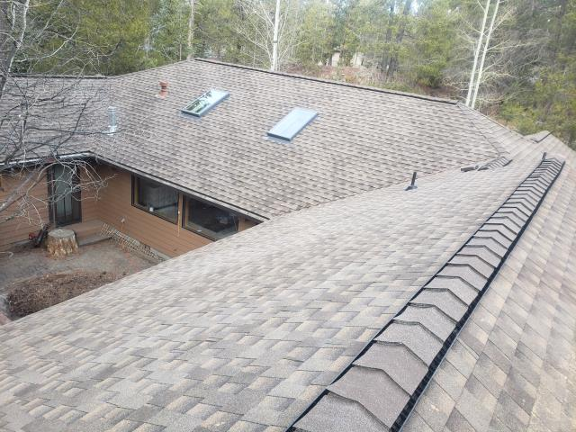 Sunriver, OR - Replacing a composition shingle roof in Bend with GAF Timberline Ultra HD architectural style shingles in Barkood.