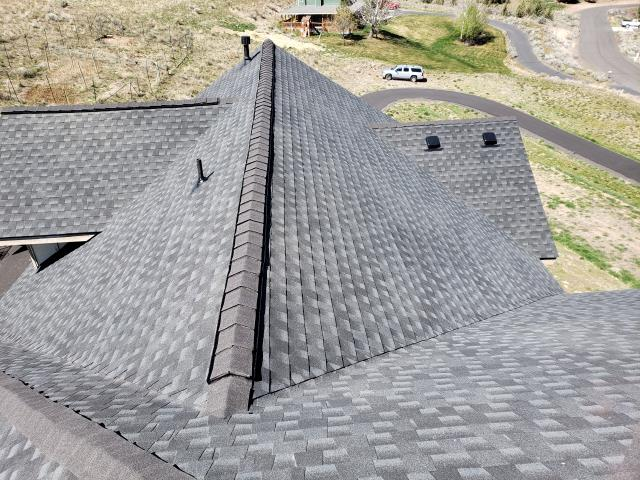 Madras, OR - Replacing a composition shingle roof in Madras with GAF Timberline HD architectural style shingles in Charcoal.