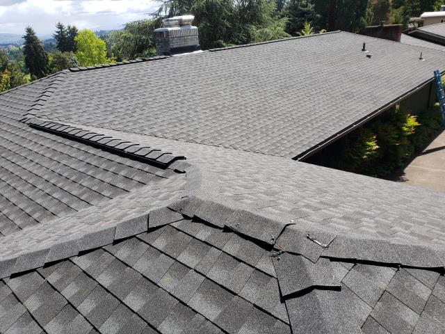 Eugene, OR - Replacing a composition shingle roof in Eugene with GAF Timberline HD architectural style shingles in Charcoal.
